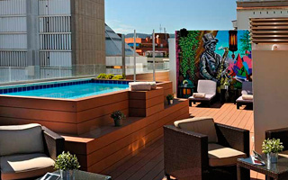 Sercotel Ámister Art Hotel, a hotel located next to Sants ...