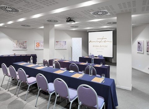 3 rooms for business meetings in Barcelona